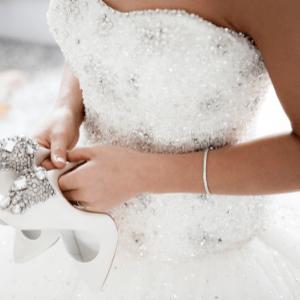 nettoyage robe de mariée pressing