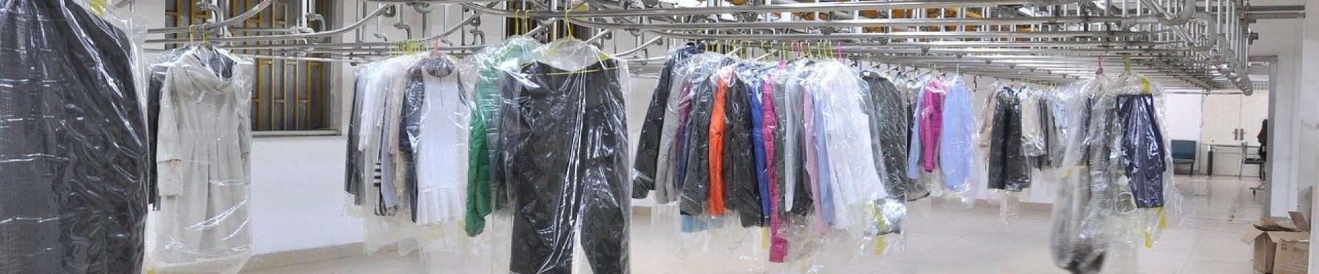 Pressing et blanchisserie robes